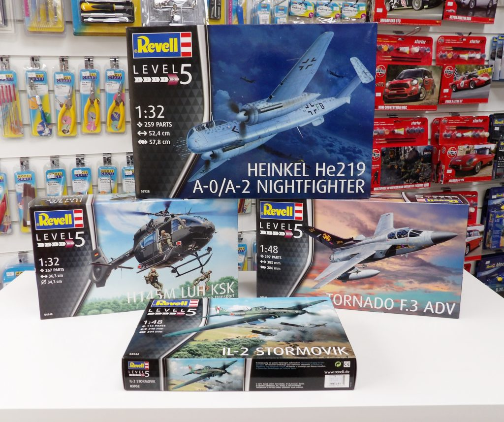 Revell Space Craft Dundee