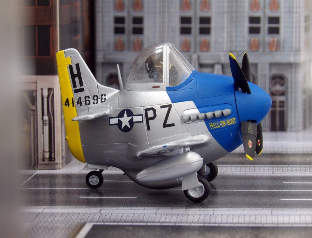 Space Craft Model Shop Dundee Hasegawa Eggplane Mustang